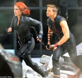 Hawkeye-Black-Widow-Weapons-Avengers