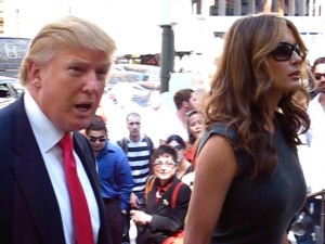Donald_Trump_and_wife_Melania1-300x225